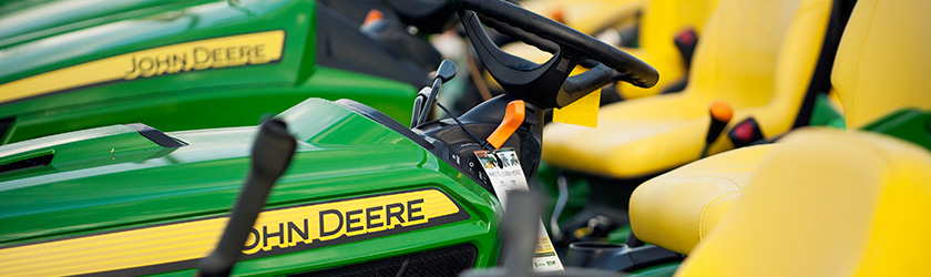 John Deere Agriculture equipment and full service farming equipment in Northfield, Caledonia, Plainview and Southeast Minnesota