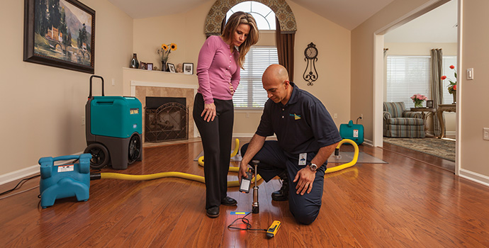Floor Cleaning Services Chicago Servicemaster Dsi